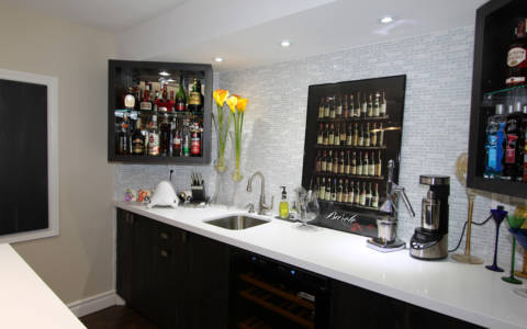Bar-in-basement-renovation