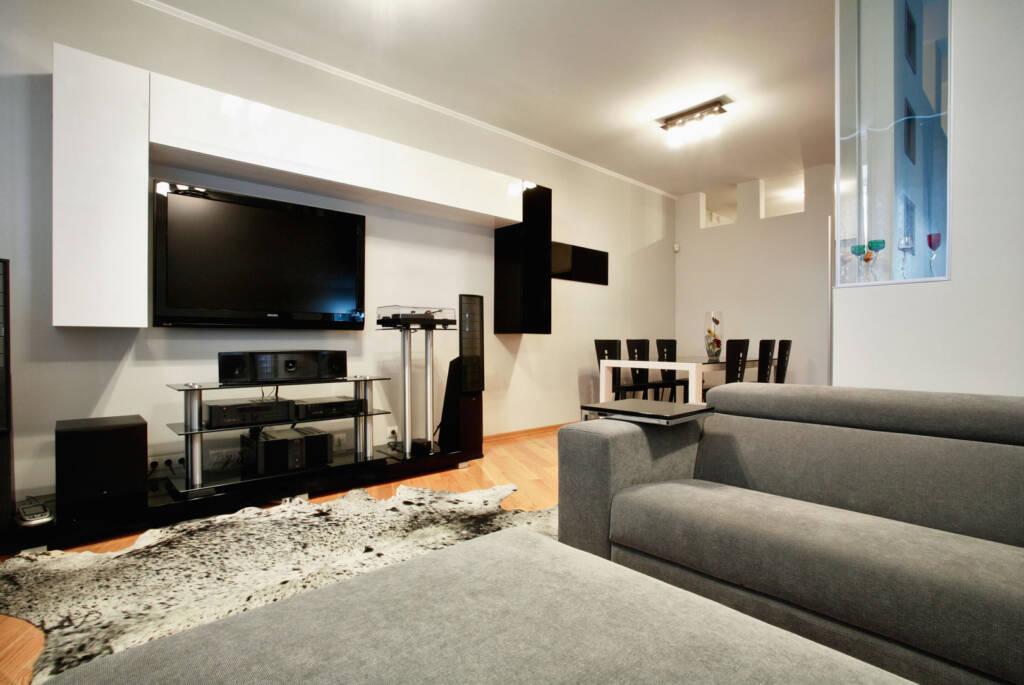 Amazing Basement Family Room Design - Home Renovation Markham