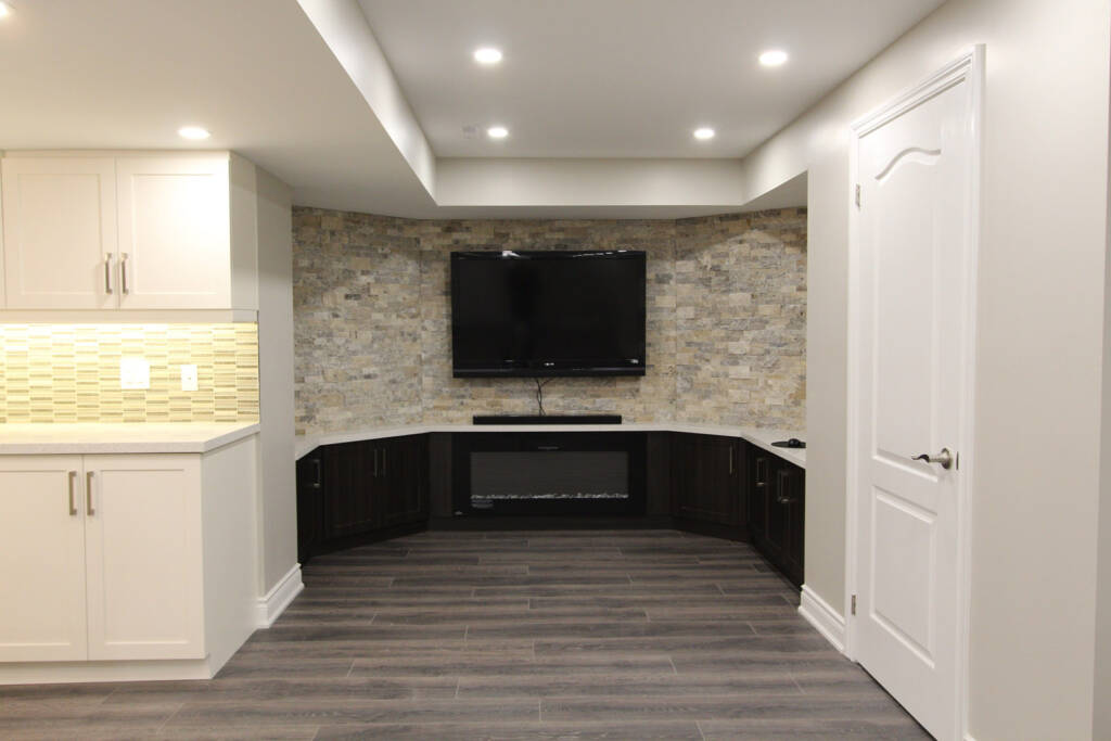 Custom Family Room with Small Bar - Basement Remodeling King City