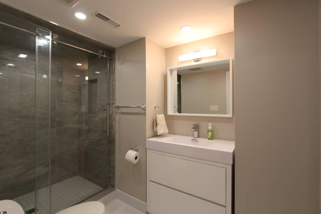 Bathroom Renovation by Maple Reno