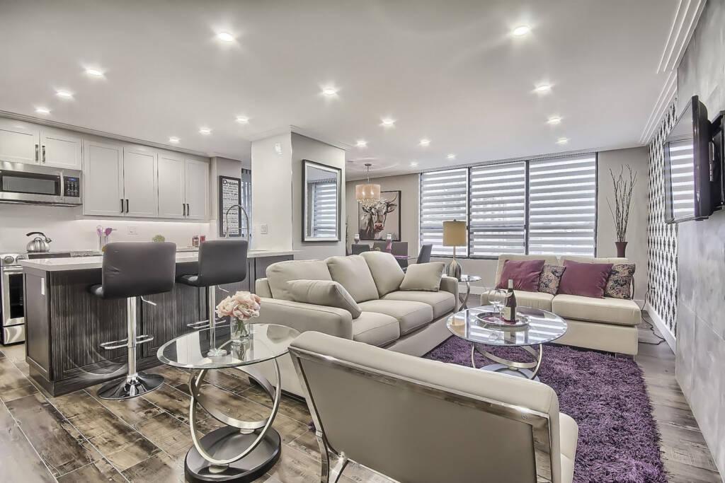 Amazing Family Room in Condo Apartment - Condo Renovation Vaughan