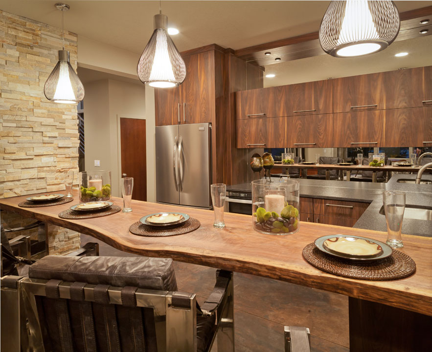 Amazing Kitchen Design by Maple Reno - Kitchen Remodeling Vaughan